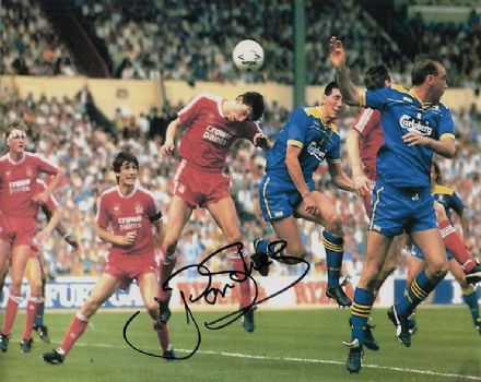 Lawrie Sanchez, Wimbledon, signed 10x8 inch photo.